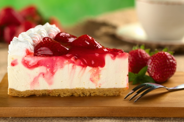 Strawberry-Cheesecake-with-Strawberry-Syrup-851176-edited.jpg